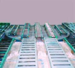 Industrial turntables - air bearing turn table with conveyor top